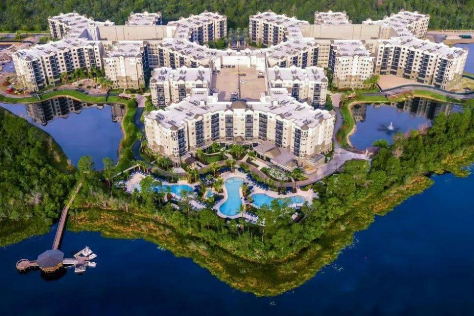 Grove Resort5