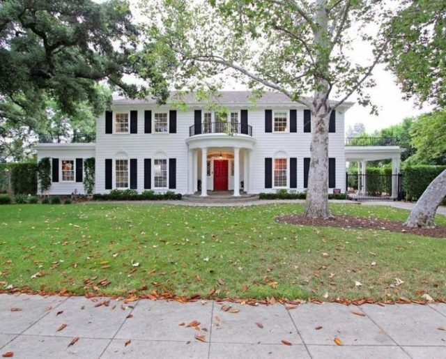 Father of the Bride Home Sells Fast!