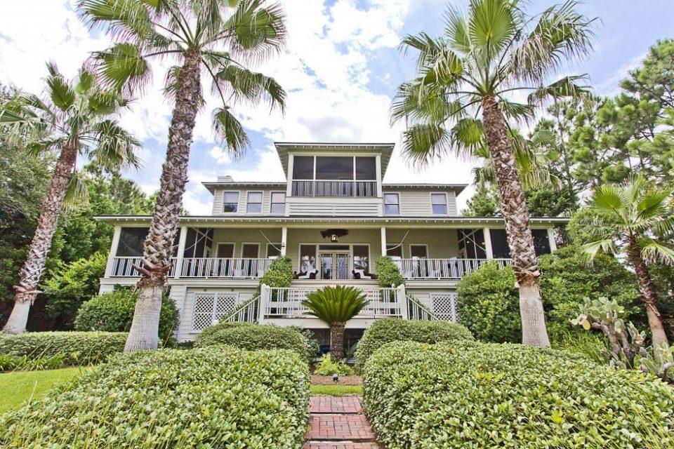 Sandra Bullock's Sweet Georgia Home!