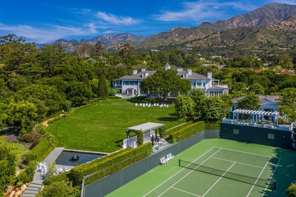 Rob Lowe's Georgian Colonial Estate Is Breathtaking!