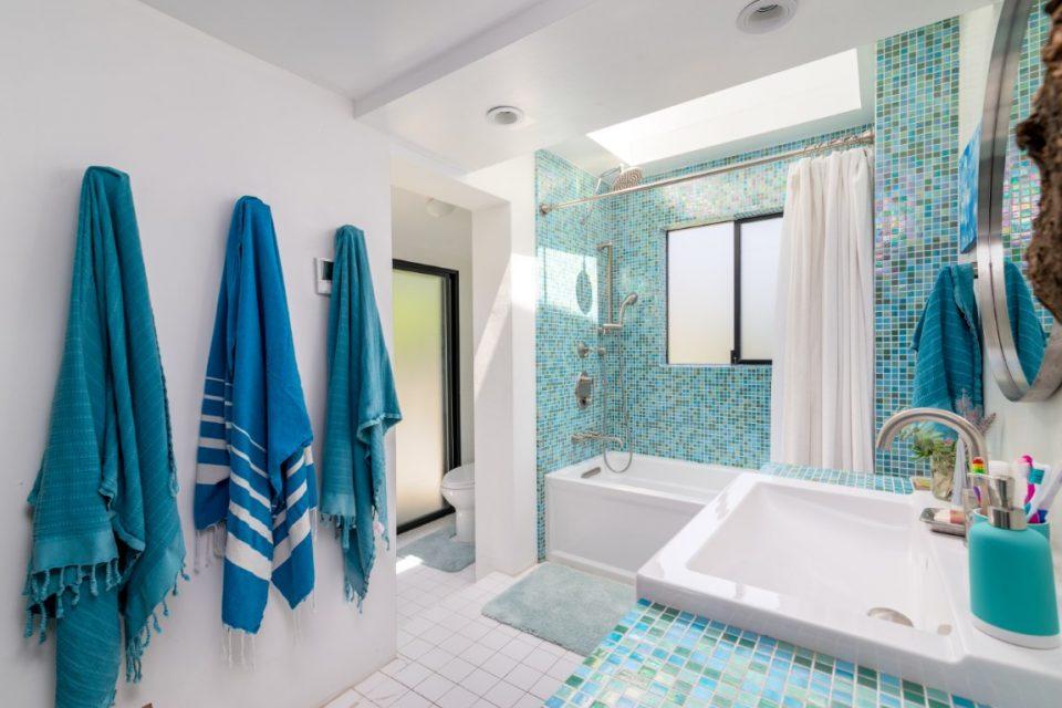 bathroom in surf legend malibu beach pad