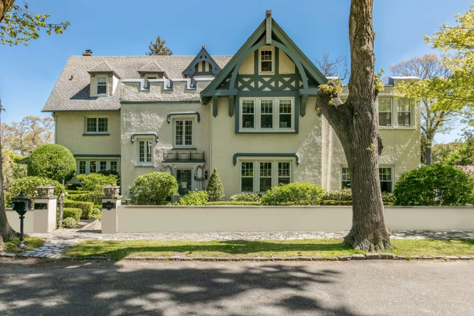 William Randolph Hearst & Marion Davies' New York Home!