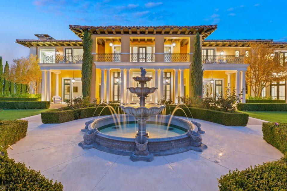 Steve Wynn's $25 Million Mansion/Museum!