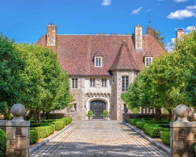 Vince Camuto's Nine West Shoe Mansion!