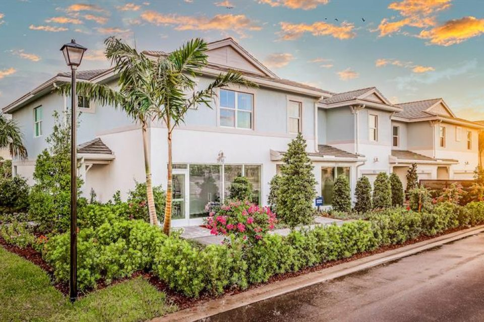Townhomes Sandpiper 7