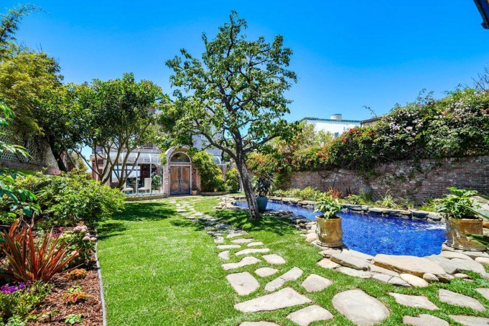 Jack Lemmon's Malibu Beach House For Sale!