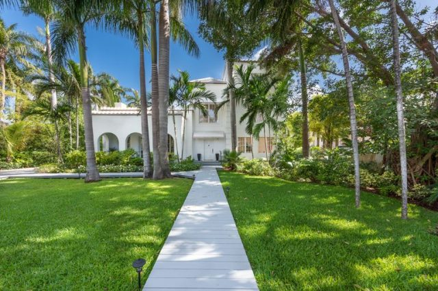 Al Capone's Florida Home Heads For Wrecking Ball!
