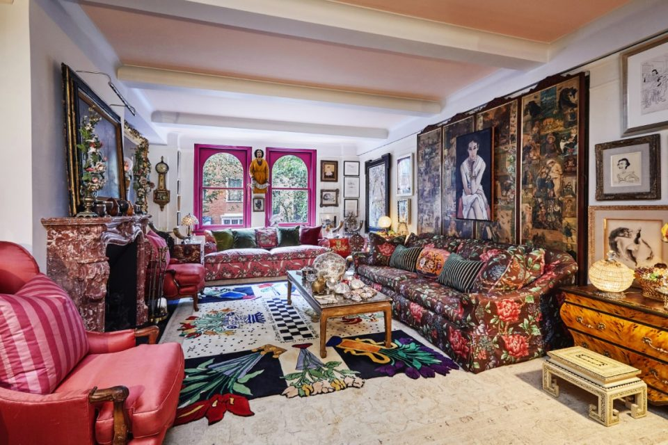 Gloria Vanderbilt's Apartment Is Colorful – Just Like She Was!